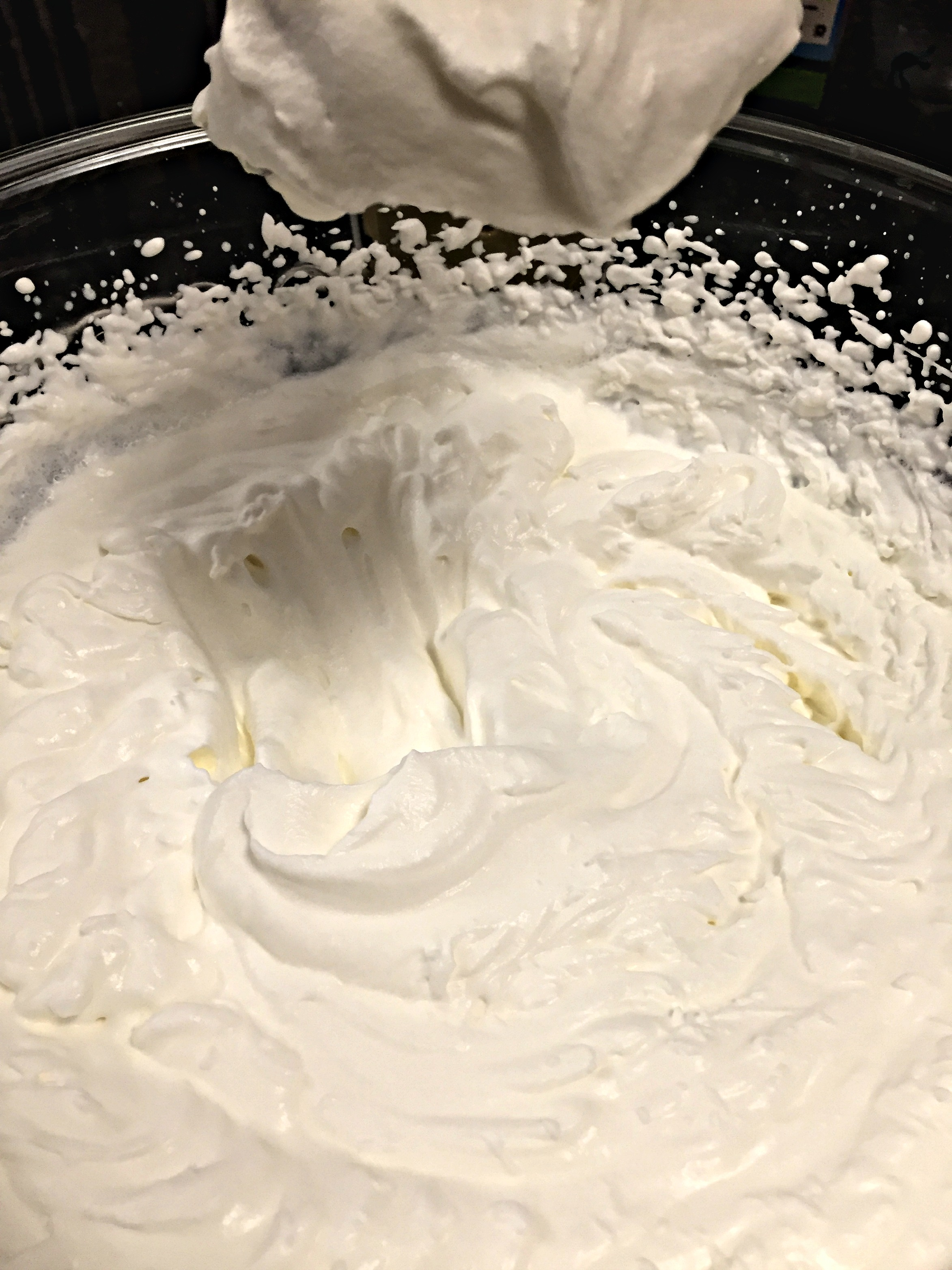 Whipped cream from real Whipping Cream, light & fluffy